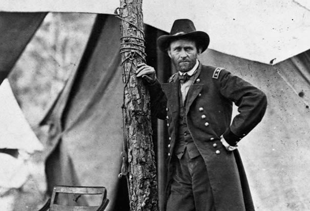 a research on general grant and general lee